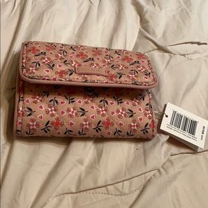 Vera Bradley Wallet - brand new with tags